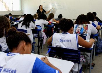 Alunos participam da Olimpíada Brasileira de Matemática no Colégio Polivalente. Macaé(R).Data:06/06/2017. Fotógrafo: Maurício Porão/Prefeitura de Macaé(RJ)