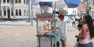 Vendedores Ambulntes. Macaé/RJ - Data: 09/04/2013. Foto: João Barreto / Prefeitura de Macaé.