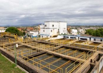 Tratamento de água da Cedae no Morro de Santana. Macaé/RJ. Data: 15/02/2019. Foto: Rui Porto Filho
